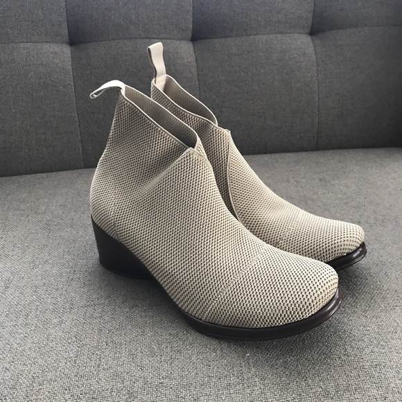 b5d2b6a76097 M 5aed20baa44dbe805dd31cfb. Other Shoes ...
